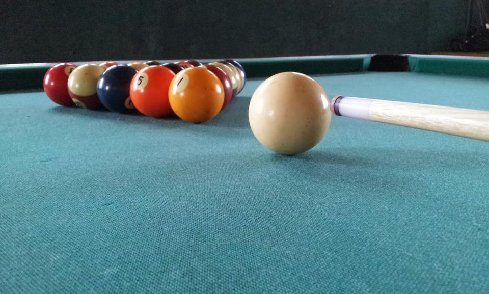 how to clean pool table felt.jpg