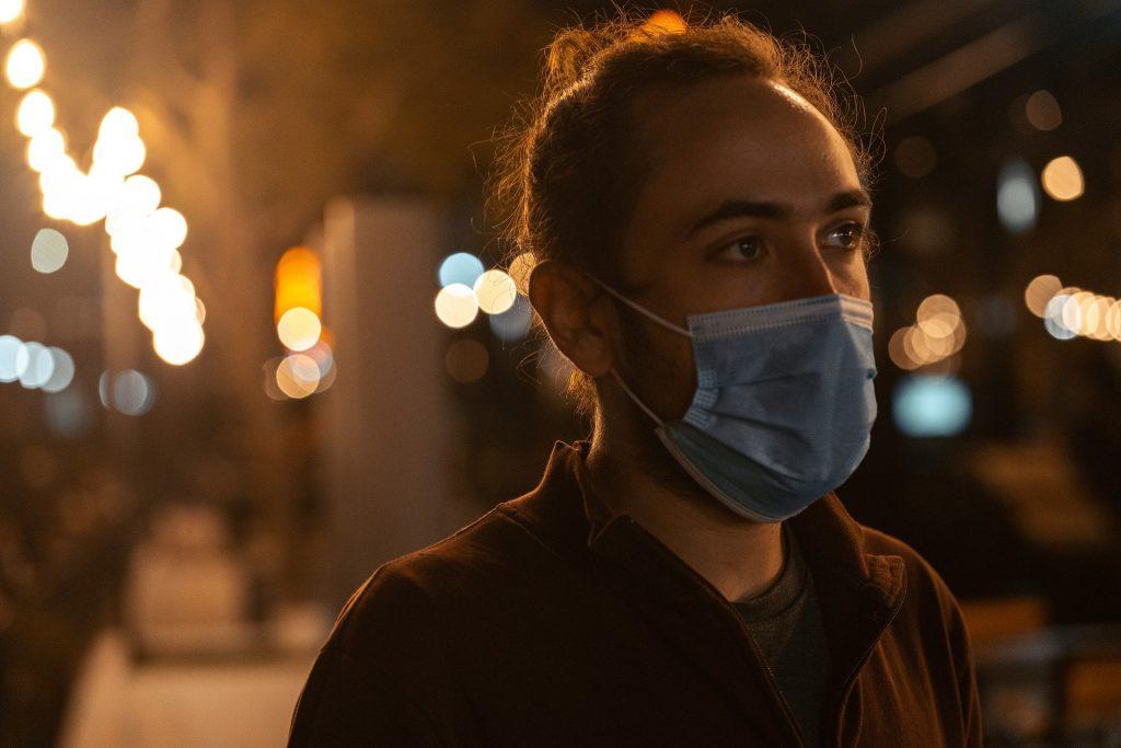 covid mask pandemic man